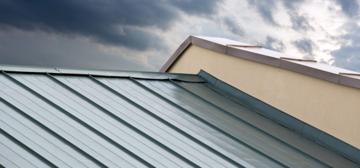 Asphalt Shingles VS Metal Roofs